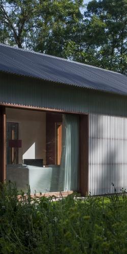 http://tact-architectes.com/files/gimgs/th-88_Maison_K format 1-2.jpg